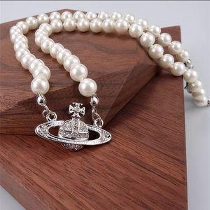 vivienne westwood pearl mini bas relief choker🪐✨